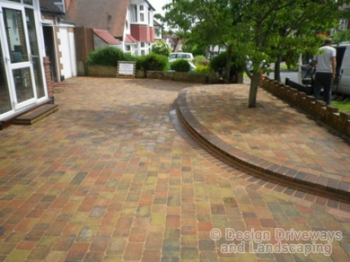 design Driveways and Landscaping directory 1